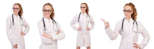Il medico abbastanza femminile con lo stetoscopio su bianco Fotografie Stock Libere da Diritti