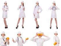 Il medico attraente della donna con stetothcope isolato su bianco Immagine Stock Libera da Diritti