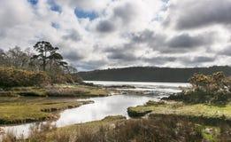 Il Menai Straights - paesaggio di Lingua gallese Immagini Stock