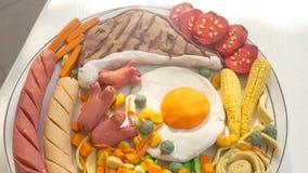 Il menu combinato dell'insieme della bistecca di braciola di maiale è argilla da modellare crea del pasto immagini stock