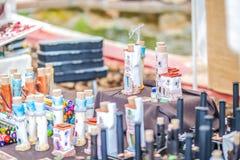 Il mercato del hippy di Punta Arabi è un posto famoso sull'isola in cui gli artisti vende i mestieri fatti a mano ed i ricordi fotografia stock libera da diritti