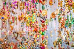Il mercato del hippy di Punta Arabi è un posto famoso sull'isola in cui gli artisti vende i mestieri fatti a mano ed i ricordi fotografie stock