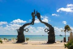 Il Messico, Playa del Carmen, ingresso maya della scultura portale di maya Fotografia Stock Libera da Diritti
