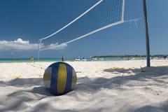 Il Messico sulla sfera netta della spiaggia Fotografia Stock Libera da Diritti