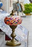 Il mestiere di vetro colorato tradizionale turco lanten Costantinopoli fotografia stock libera da diritti