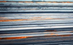 Il metallo allinea la priorità bassa Fotografia Stock Libera da Diritti
