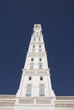 Il minareto della moschea di Muhdhar di Al a Tarim Fotografie Stock Libere da Diritti