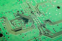 Il modello dei circuiti elettrici verdi fotografie stock libere da diritti