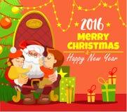 Il modello della cartolina di Natale con la tenuta di Santa scherza in poltrona Immagini Stock