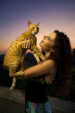 Il modello ed il gatto Fotografia Stock Libera da Diritti