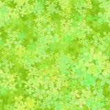 Il modello frondoso astratto, luce va su fondo verde, la struttura della molla del raccordo a quadrifoglio, illustrazione senza c Immagini Stock