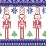 Il modello nordico rosso, blu scuro e verde di Natale con il soldato delle schiaccianoci, gli alberi di natale, i fiocchi di neve Immagine Stock Libera da Diritti