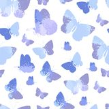 Il modello senza cuciture con il blu profila le farfalle dell'acquerello isolate su fondo bianco Immagini Stock Libere da Diritti