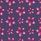 Il modello senza cuciture con il rosa dell'acquerello fiorisce su fondo porpora illustrazione vettoriale
