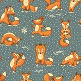 Il modello senza cuciture divertente con il fumetto foxes fare la posizione di yoga Fotografie Stock Libere da Diritti