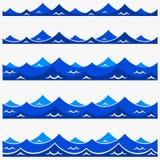 Il modello senza cuciture marino con il blu stilizzato ondeggia su un fondo leggero Arte di progettazione di vettore dell'estratt illustrazione vettoriale