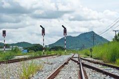 Il modo della guida va alla montagna Fotografie Stock Libere da Diritti