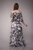 Il modo di bellezza copre il modello casuale della donna della raccolta castana Fotografie Stock