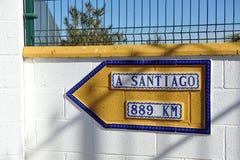 Il modo a Santiago, Camino de Santiago, distanza a Santiago de Compostela Immagine Stock