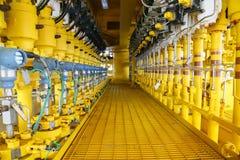 Il moltiplicatore di pressione in petrolio e gas elabora, invia il segnale a pressione nel sistema, trasmettitore della lettura e immagine stock libera da diritti