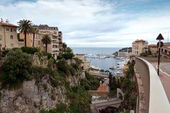 Il Monaco - vista dalla stazione ferroviaria Monaco-Ville Immagine Stock Libera da Diritti