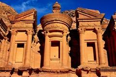 Il monastero (annuncio Deir) nel PETRA Fotografia Stock Libera da Diritti