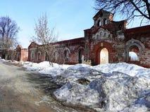Il monastero delle donne vladychny di Serpuchov Un luogo santo ha visitato da molti turisti immagini stock