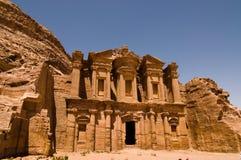 Il monastero a PETRA Immagine Stock