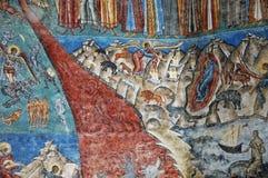 Il monastero Voronet. Dettagli delle pareti esterne dipinte. fotografie stock