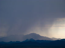 Il monsone si appanna la pioggia ed il cielo sopra il sud-ovest Fotografia Stock Libera da Diritti