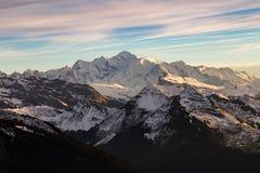 Il Monte Bianco al tramonto nelle alpi francesi Fotografia Stock Libera da Diritti