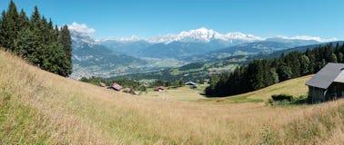 Il Monte Bianco dal cordone nelle alpi francesi, Francia Fotografia Stock Libera da Diritti