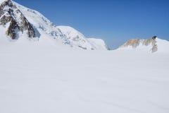 Il Monte Bianco, il più alta montagna di Europa Immagine Stock