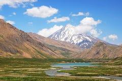 Il monte Damavand da Lar National Park fotografie stock libere da diritti