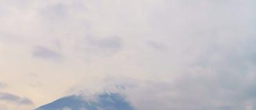 Il monte Fuji in nuvole Immagine Stock Libera da Diritti