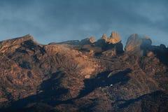 Alba, il Monte Kinabalu, Sabah, Malesia, Borneo Immagine Stock Libera da Diritti