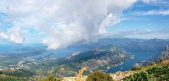 Il Montenegro, il mare adriatico, panorama, la baia di Cattaro Immagine Stock Libera da Diritti