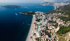 Il Montenegro, Rafailovici vista sulla spiaggia del mare Fotografia Stock Libera da Diritti