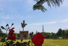 IL MONUMENTO APERTO DELLA MANO, CHANDIGARH, INDIA Fotografia Stock