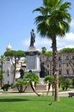Il monumento del primo primo ministro di Camillo Cavour dell'Italia sulla piazza Cavour a Roma, Italia Fotografia Stock Libera da Diritti