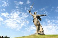 Il monumento le chiamate della patria a Volgograd fotografie stock