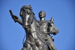 Il monumento a re Peter I Karadjordjevic della Serbia a Novi Sad, lo ha fatto durante questo 2018 anni P fotografia stock libera da diritti