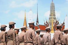 Il moto dell'esercito tailandese reale da preparare per assiste al funerale di re Bhumibol Adulyadej King Rama 9 immagini stock libere da diritti