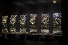 Il museo del club di calcio di Real Madrid foggia a coppa ed assegna il club Immagine Stock