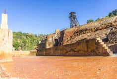 Il museo di estrazione mineraria con la vecchia asse ha chiamato Pena del Hierro a Nerva, PS Fotografia Stock Libera da Diritti