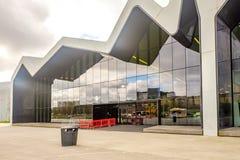 Il museo Glasgow, Scozia della riva del fiume Il museo ha mostre precedentemente nel museo del trasporto Immagini Stock Libere da Diritti