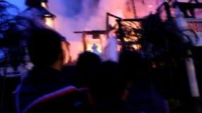 Il museo su fuoco stock footage