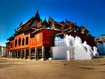 Il Myanmar, lago Inle - monastero di Shwe Nyaung Immagine Stock Libera da Diritti