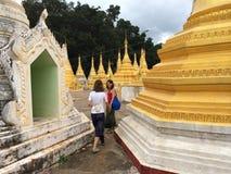 Il Myanmar vicino al pindaya (Birmania) Immagini Stock Libere da Diritti