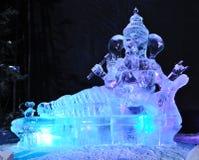 Il n'y a aucune place comme la sculpture en glace de l'OM photos stock